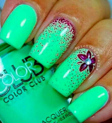 mint color nails images