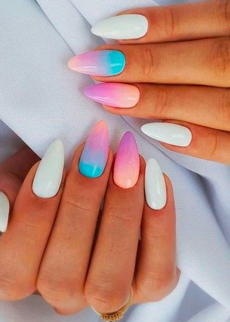 When it comes to nails, summer is the best season