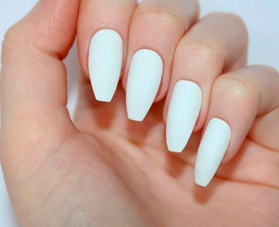oval ombre nails