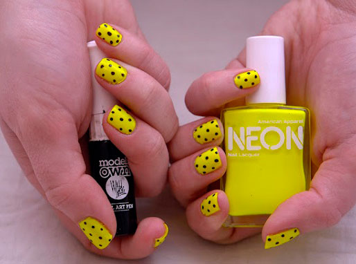 Creative Yellow Acrylic Nails for Every Occasion