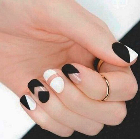 Beautiful Black and White Nail Art Designs with Pictures