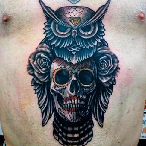 Eye-Catching Lion  ink art on guys body