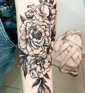arm black and white ink body art design ideas