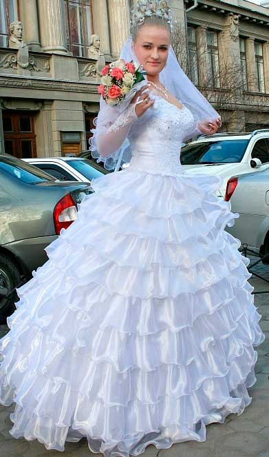 a line wedding dress sweetheart