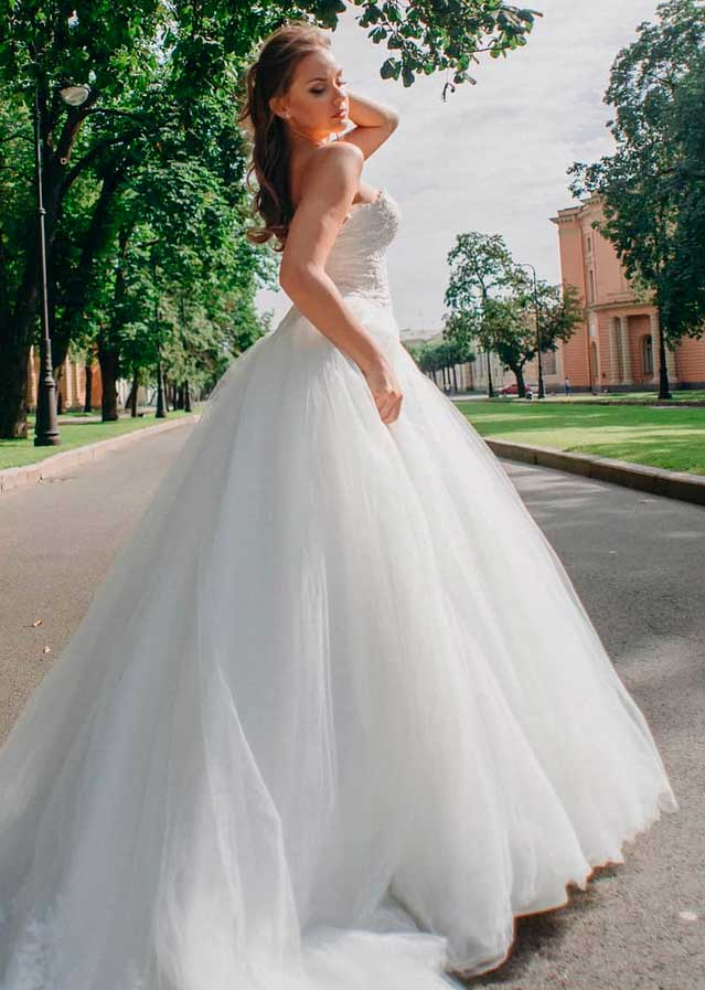 different wedding dress styles for girls and women