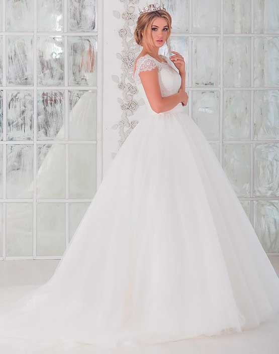 comfortable wedding dress for girl