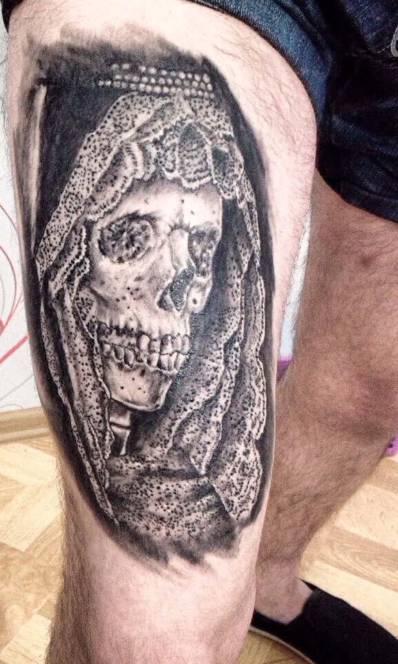 mexican skull art tattoo on leg for men